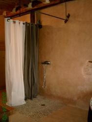 Treingle de douche en fer forgé